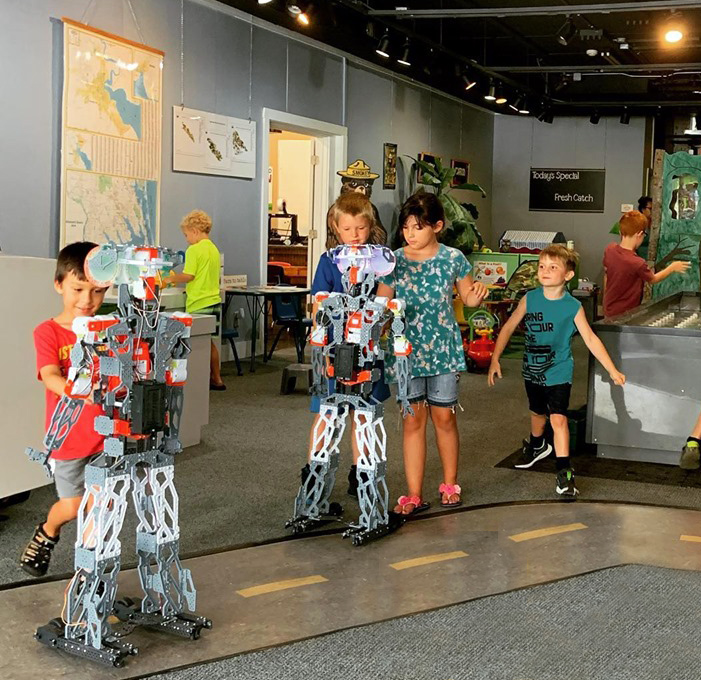 children learning about robots at Port Discover