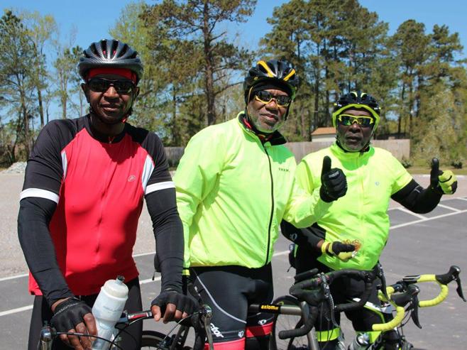 TarWheel Cyclists at Rest