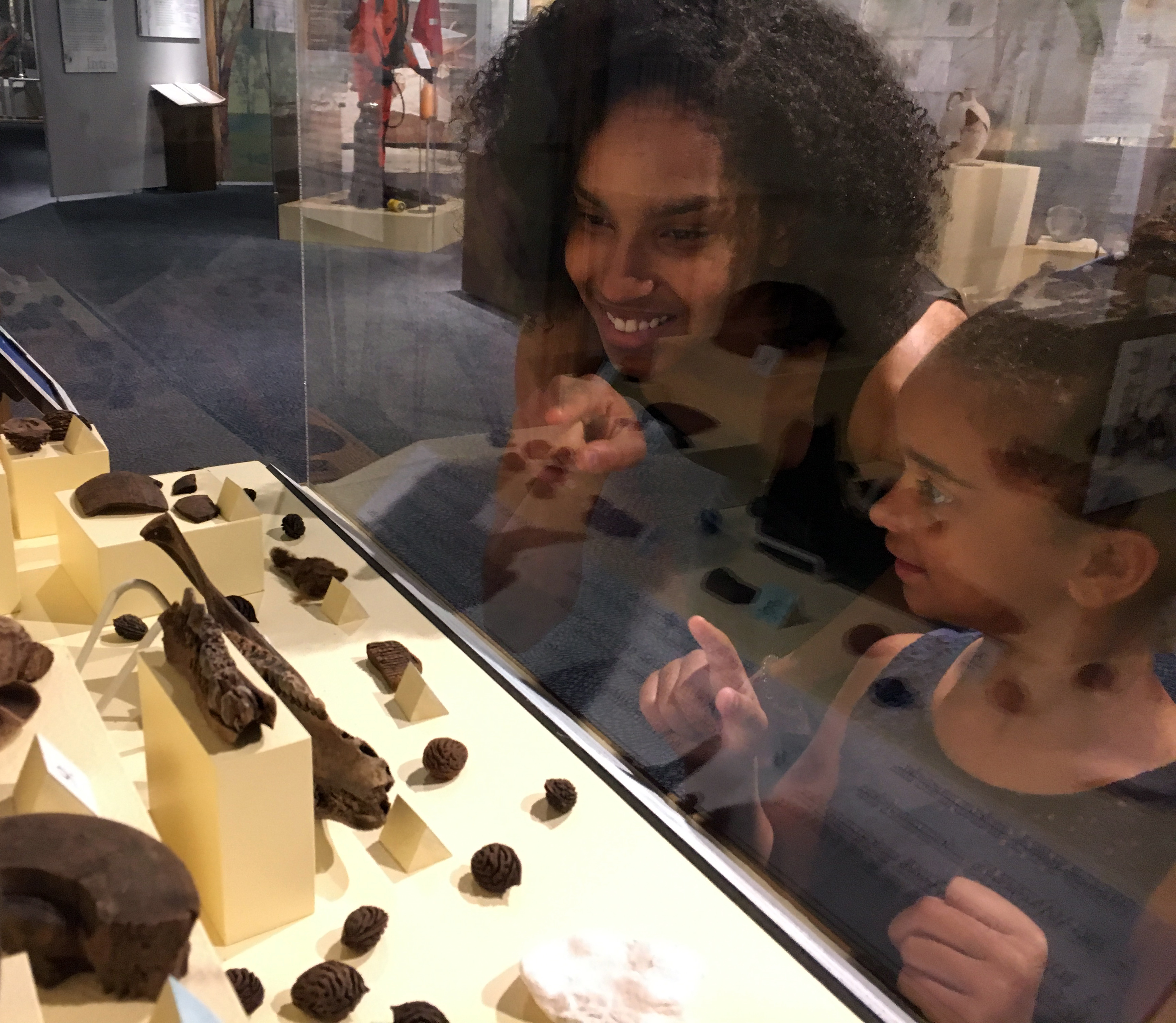 mom and daughter exploring and learning at the Museum of the Albemarle