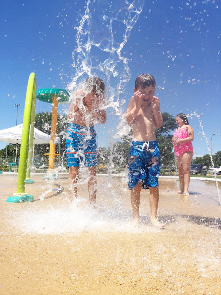 kids playin in Splash Pad - EnfieldPark