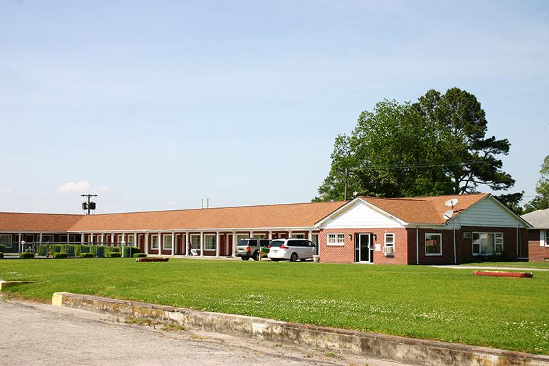 Queen Elizabeth Motel City Nc 2